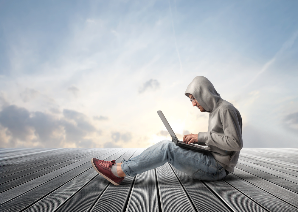 Access SharePoint and Hosted Virtual Desktops From Anywhere